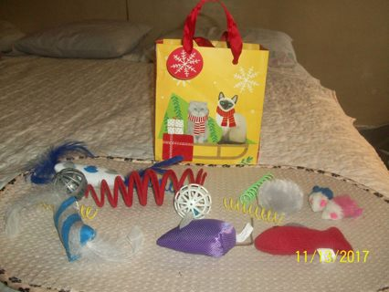 ** KITTY BUNDLE of 12 TOYS! BAG INCLUDED! **