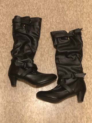 BRAND NEW BLACK WOMEN'S BOOTS SIZE: 41 (CHINA) 9-9.5 U.S.! FREE SHIPPING!