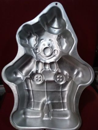 Clown cake pan.
