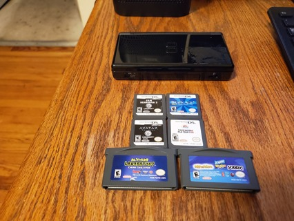 Nintendo DS Lite Onyx Black Comes With 6 Games