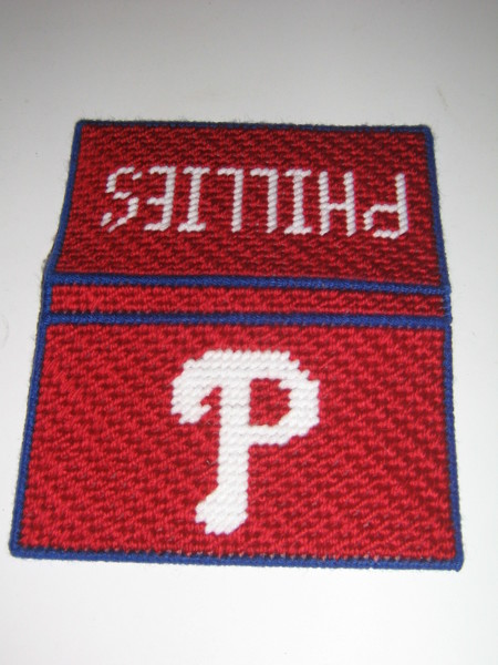 Cheque Book Cover Pattern ~ Free phillies check book cover plastic canvas pattern