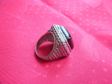 Huge Sterling Silver black stone Ring Size 8 1/2