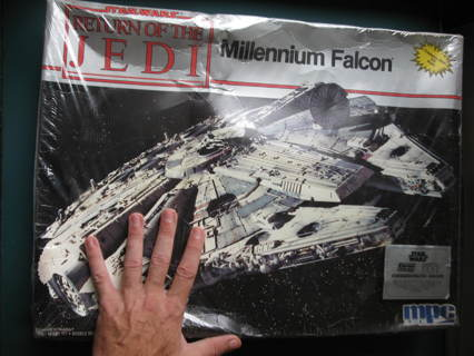 Vintage Star Wars: Return / Jedi MPC Model Kit- Millennium Falcon- Sealed in Plastic - free shipping