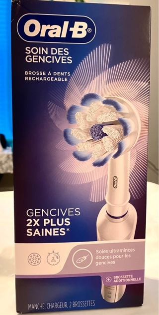 Brand New In Box ,Oral-B Gum Care Rechargeable Tooth Brush