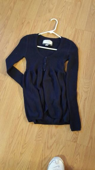 American Eagle Outfitters Shirt -Tiered Auction