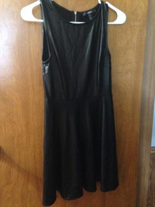 Slightly Used Large Forever 21 Black Dress