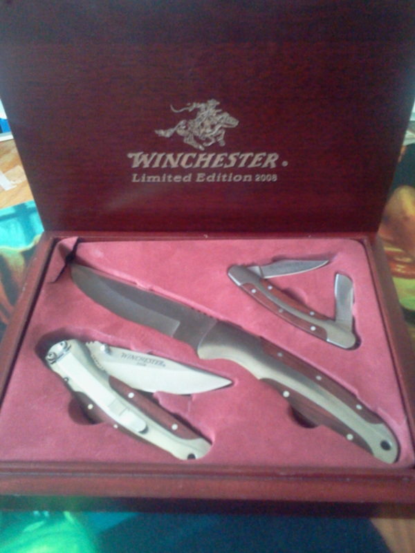 Free Winchester Limited Edition 2008 Knife Set Other