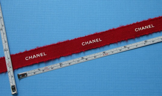 """65 INCHES of AUTHENTIC """"CHANEL"""" DESIGNER RIBBON (NEW) !!! ~ FREE SHIPPING FROM CANADA !!!"""