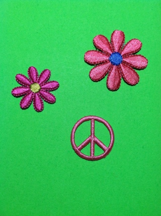 **~ 3 iron on hippie flower peace patches patch lot ~**