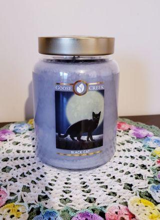 Large Halloween, Goose Creek Candle, Black Cat!