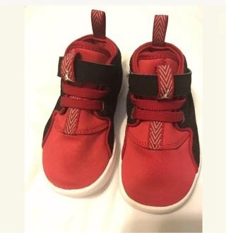 Children's Nike shoes - sz 9 infant--U.S.A. PROUD