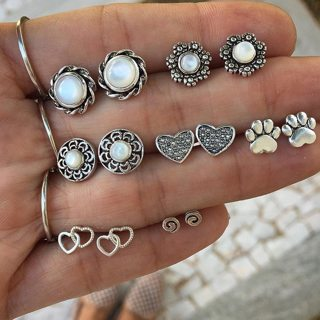 7 Pieces / Set Women Bohemian Sun Flowers Hearts Love Footprints Hollow Gold Silver Earrings Set