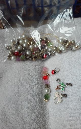 Mics. Jewery beads