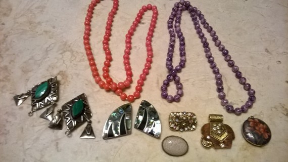 Vintage lot of Jewelry (includes diamond watch)