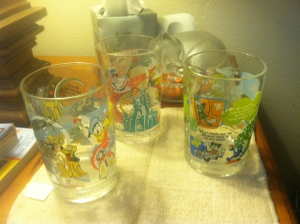 Collectable glasses (3)