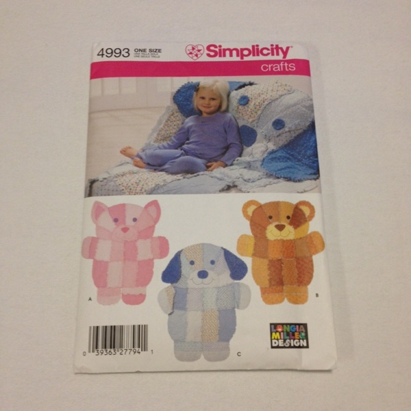 Free simplicity crafts rag quilt wall hangings or throws for Simplicity craft pattern 4993