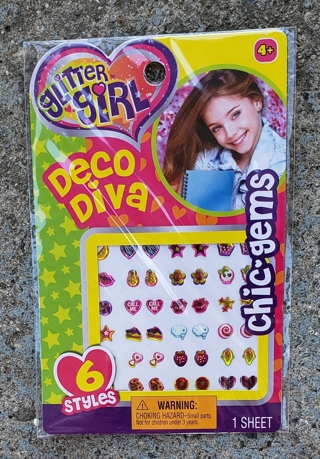 NEW IN PACKAGE DECO DIVA CHIC GEMS STYLE 2 USE ON FINGERNAILS LOCKERS DIARIES SCRAPBOOKING STYLE 2