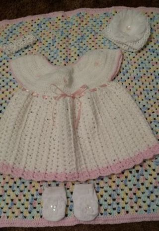 BEAUTIFUL AND GORGEOUS BABY GIRL SET