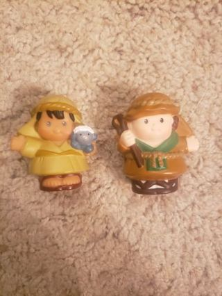 Toys & Anime figures (you choose 4)