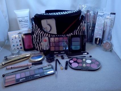 *~* Make-up & Bag *~*