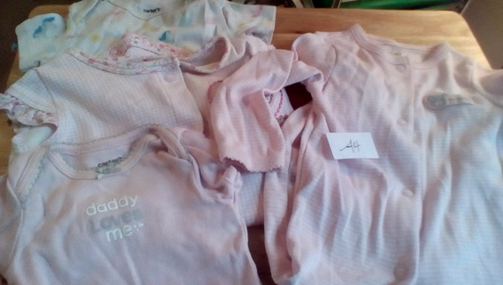 Infant Size (0-6) Months Clothing: (Lot A4)