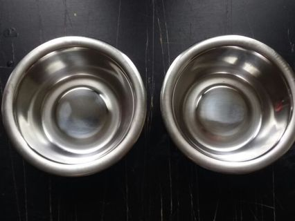 Small cat dishes
