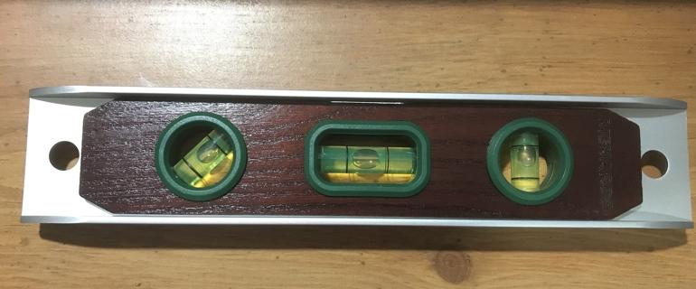 "New Menards 9"" Torpedo Wood and Metal Level"