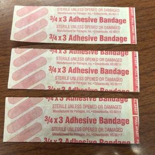 3 Adhesive Bandages