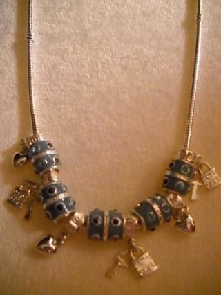 Lovely Pandora Style Necklace