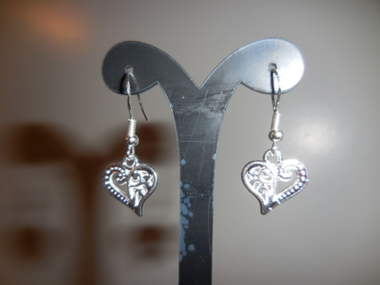 New! Fun Tibetan silver heart dangle earrings