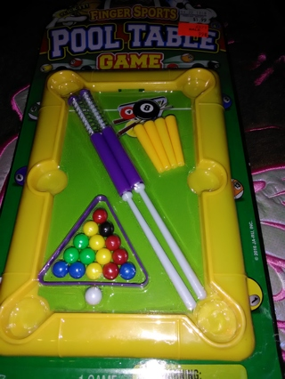 fingers pool table game