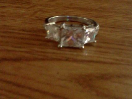 Beautiful Sterling Ring size 7.