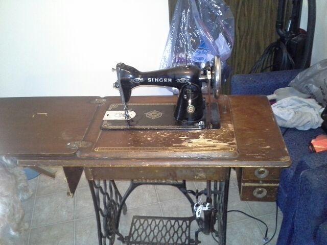 Free Model 4040 Singer Treadle Sewing Machine Antiques Listia Gorgeous Singer Sewing Machine Model 15