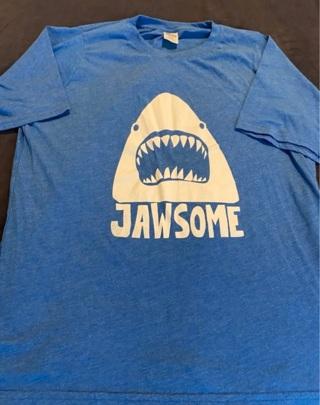 Jawsome Tee  Size 16
