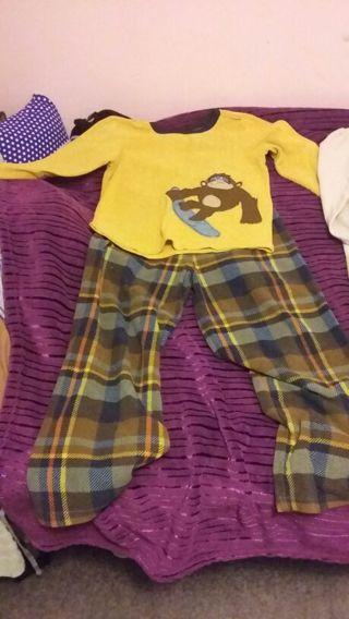 Adorable Carter's size 8 boys pajamas