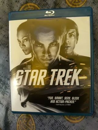 Star Trek Bluray (1 disc, feature film & extra features). Very good condition