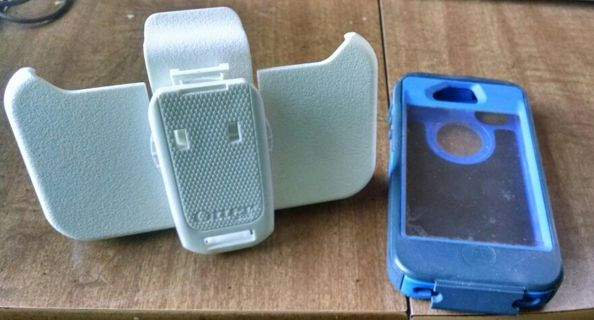 Used Otter box defender otter box with belt clip iPhone 4 and 4s