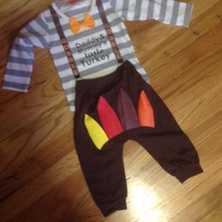 3 pcs  Thanksgiving Set. Hat, Shirt and Pants . 9-12 Months .