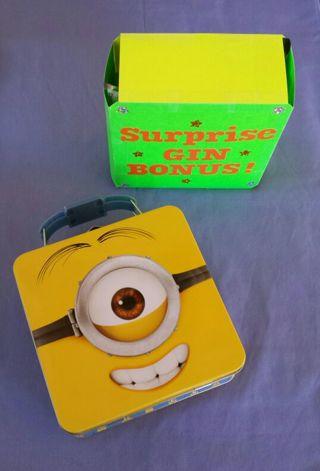~~~~AMAZING MINION METAL MINI LUNCH BOX WITH A SUPER GIN SURPRISE~~~~