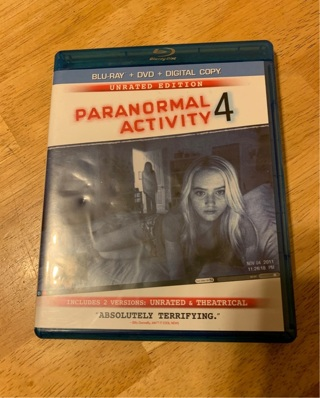 BLU RAY PARANORMAL ACTIVITY 4 LIKE NEW