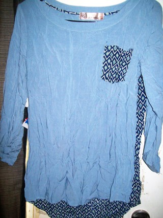 E-Z Clothing Ladies Sz M (8/10) Blue Mixed 100% RAYON Hi-Low Tunic Pullover Top-Like New