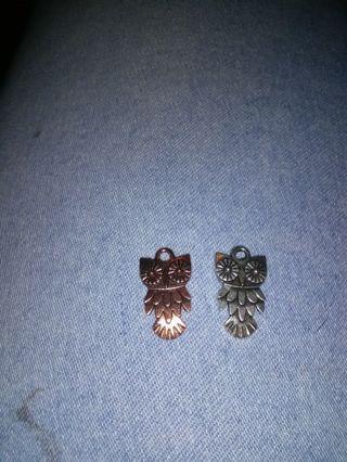 2 owl charms