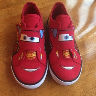 Boys Size 11 Shoes - Disney / Pixar Cars 3 Lightning McQueen *** Brand New