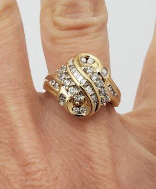 10K GOLD 1/2ct DIAMOND S CLUSTER SWIRL RING