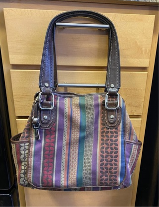 Pre owned , Great Condition Fossil Large Handbag