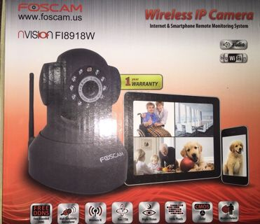 BRAND NEW, FOSCAM Security Camera with Pan/Tilt & Night Vision & WIFI IP Network!