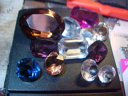 Over 100 Carats (Cts.) of Loose Stones, Glass, Natural, Synthetic Who Knows?