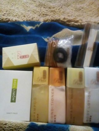 Paiza hotel toiletries