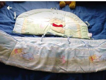 2 Piece Winnie the Pooh Crib Bumper Set