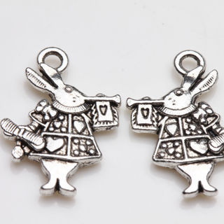 20PCs Alice in Wonderland Tibet Silver Rabbit Charms Pendant Jewelry Findings